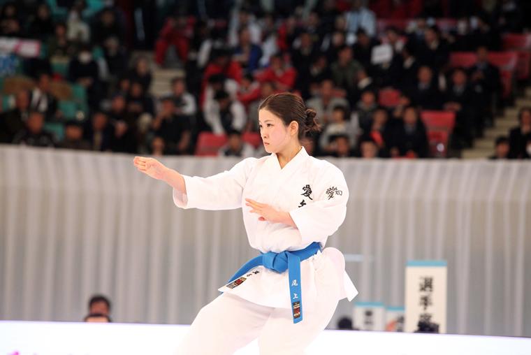 天皇盃・皇后盃 第44回全日本空手道選手権大会女子形個人戦尾上真名